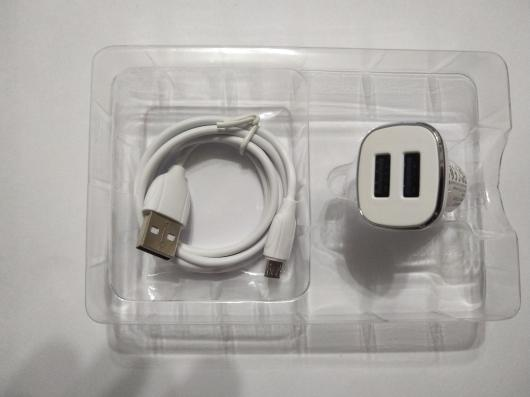 АЗУ BOROFONE BZ12 Lasting Power 2xUSB, 2.4A + кабель MicroUSB, 1м (белый)