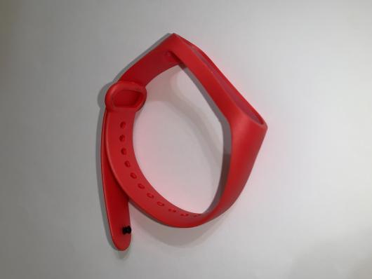 Ремешок силиконовый для Xiaomi Mi Band 4/ 3 красный