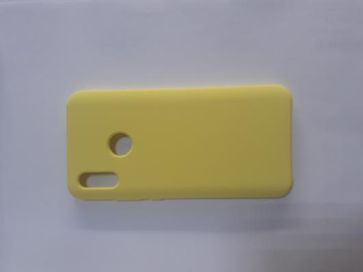 Чехол Silicone Cover для Honor 10 Lite (2018)/ Huawei Р Smart (2019) ярко-желтый