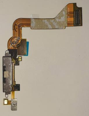 Шлейф для iPhone 4 черный, с разъемом зарядки (системным)