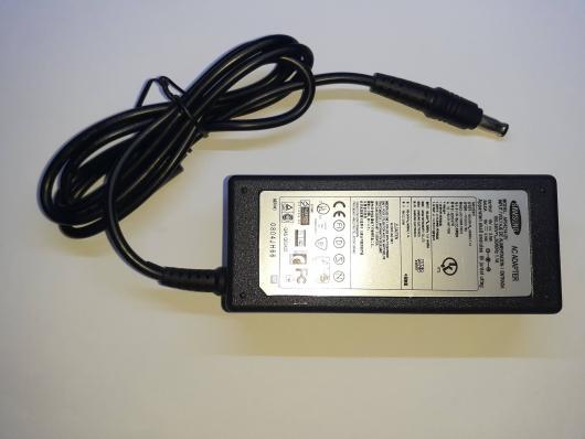 Блок питания для ноутбука Samsung 19V-3.16A, 60W разъем 5.5x3.0мм с иглой